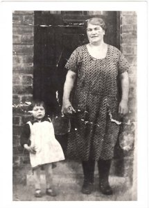 Mary with her granddaughter Agness McNamee at 8 Back -o-Barns.
