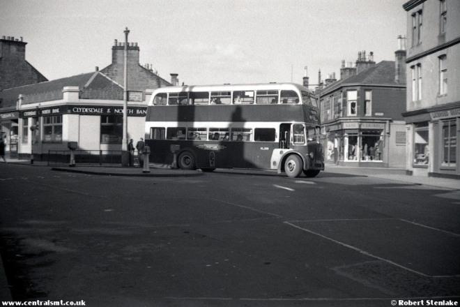 Cheiftan Bus..8