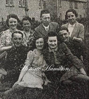 Burnbank peiple 1940.JPG