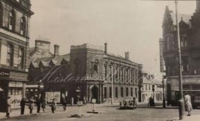 Hamilton Town Hall.WM.7