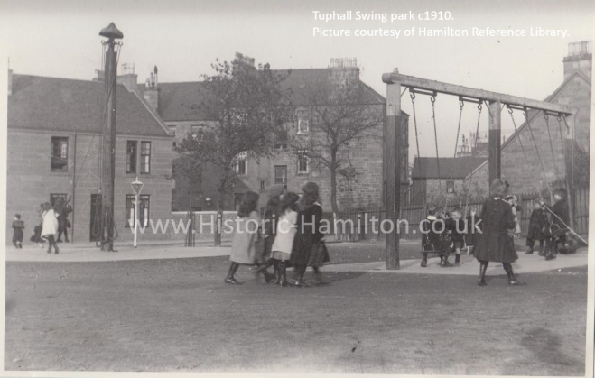 Tuphall Swingpark WM